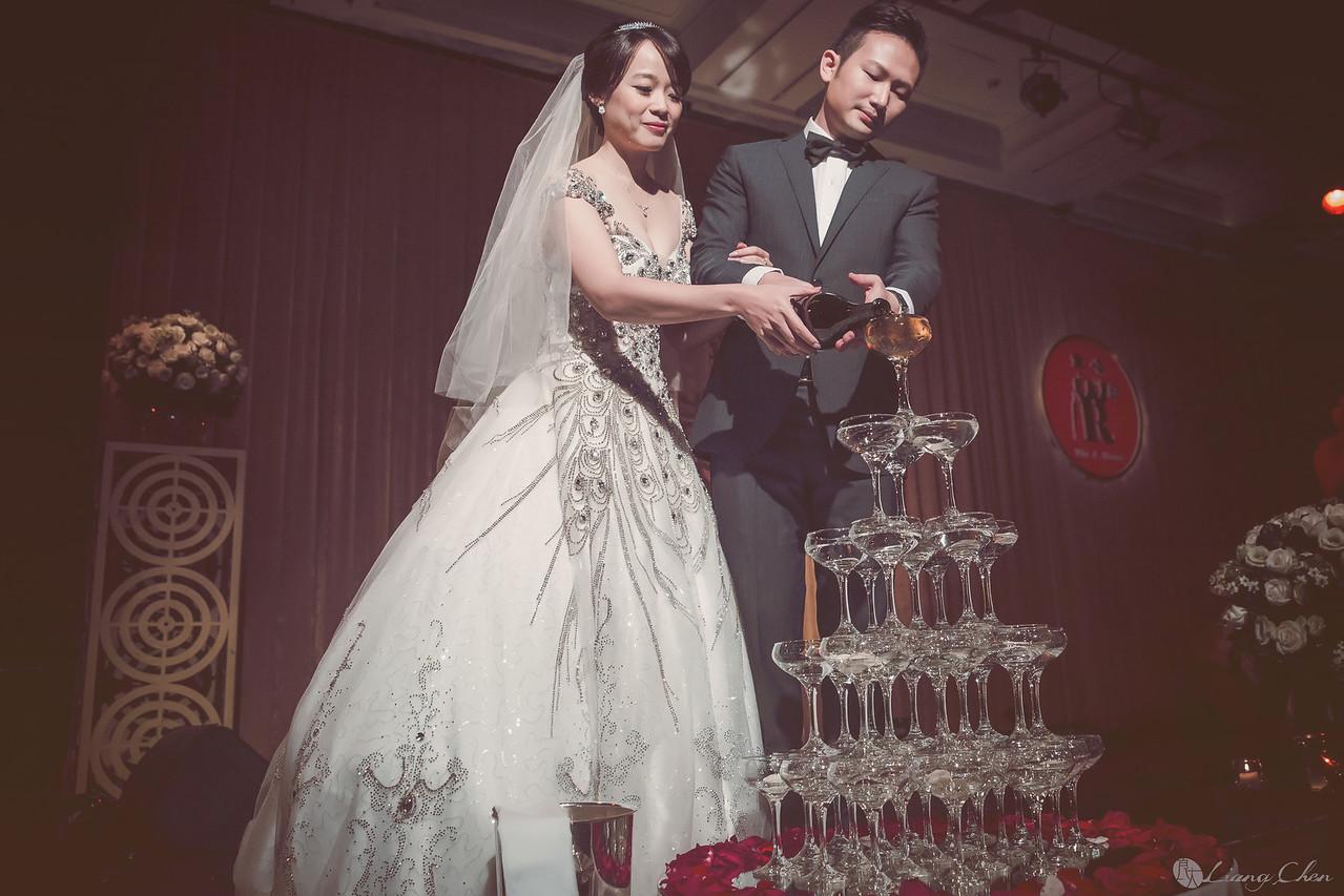 自主婚紗,Pre-Wedding,獨立婚紗,自助婚紗,海外婚禮, 海外婚紗,婚紗攝影,,image ,Wedding photo,pre wedding,bride, 婚攝,台北攝影師,台灣攝影師,婚紗攝影師,婚紗攝影工作室,良大LiangChen,婚禮攝影, 婚禮紀錄,婚禮,婚紗,攝影,白紗,禮服, 婚禮攝影,婚禮拍照,拍婚紗,拍婚禮,結婚迎娶,訂婚儀式,人像婚紗, 個性時尚婚紗, Howbon Floral Design 好棒花藝,新娘捧花,Alisha&Lace 愛儷紗&蕾絲手工婚紗,棚內婚紗照,肖像婚紗,陽明山,造型師Vivi Makeup Studio,造型師瑋翎,造型師Nina楊夢稊, 白紗禮服,量身訂制白紗禮服,棚內婚紗,復古婚紗,, 陽明山拍婚紗 ,北投龍鳯谷,淡水莊園,婚紗攝影基地,新郎闖關, 台北君悅酒店