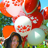 canada day balloons in friday dave milne july 1 04 Balloon vendor Shyla Dube had a lot of demand for her eed and white maple leaf ballons in the park Thursday.