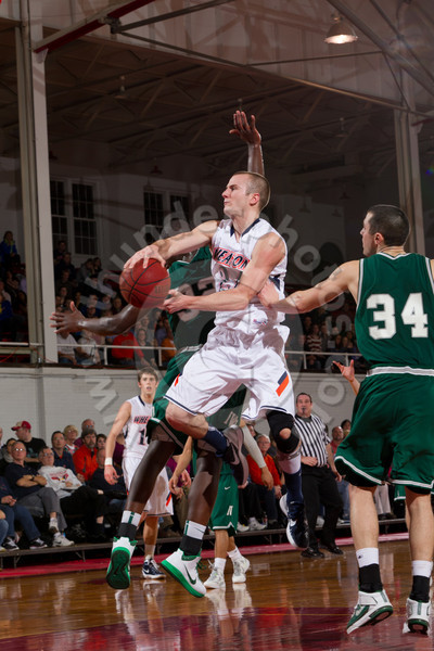 Wheaton College Men's Basketball vs Illinois Wesleyan (69-56)/ CCIW Tournament First Round