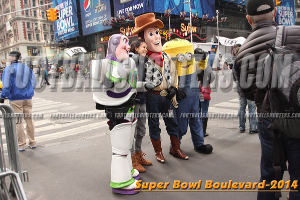 00001216_NYC-SUPERBOWL-BLVD_2014