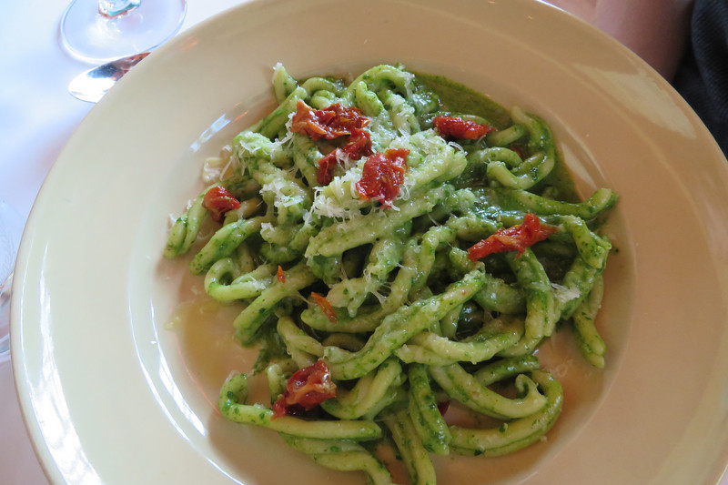 CASARECCI PASTA WITH ROCKET AND WALNUT PESTO SUN-DRIED TOMATOES AND PECORINO