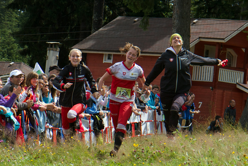 Switzerland 2 1:44:24<br /> Paula Gross 35:46<br /> Sina Tommer 34:53<br /> Lisa Schubnell 33:45<br /> (3rd Place)