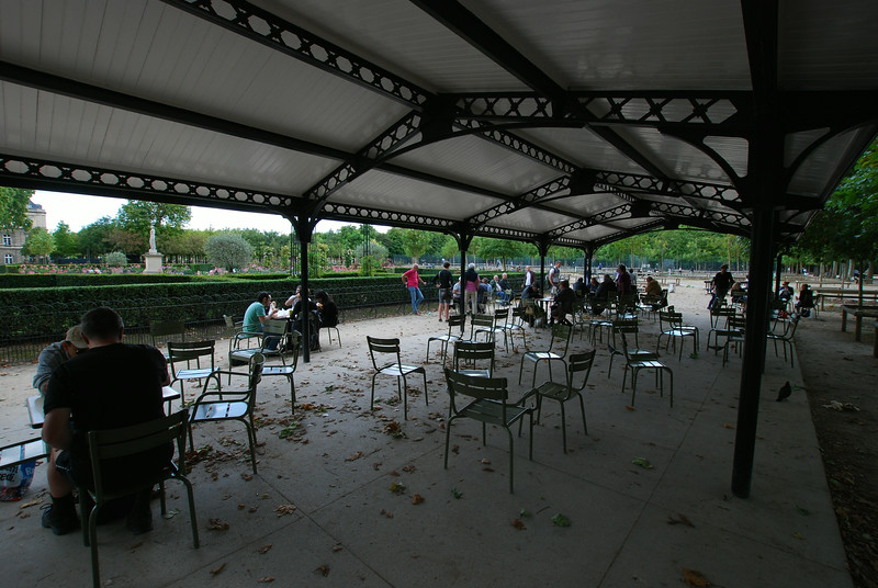 Chess Playing at Jardin du Luxembourg