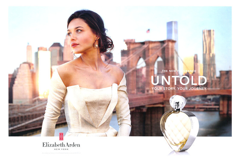ELIZABETH ARDEN Untold 2013 Espagne double page 'The new fragrance - Your story your journey'