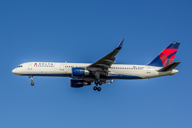 Delta Airlines, N554NW, Boeing 757-251(WL), msn 26501, Photo by John A Miller, Image N093LAJM