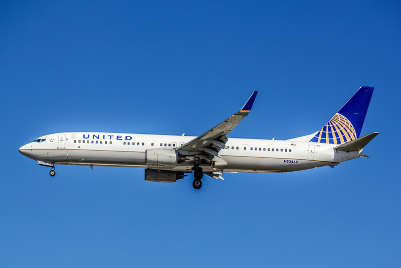 United Airlines, N53442, Boeing 737-924ER(WL), msn 33536, Photo by John A Miller, TPA, Image UA006LAJM