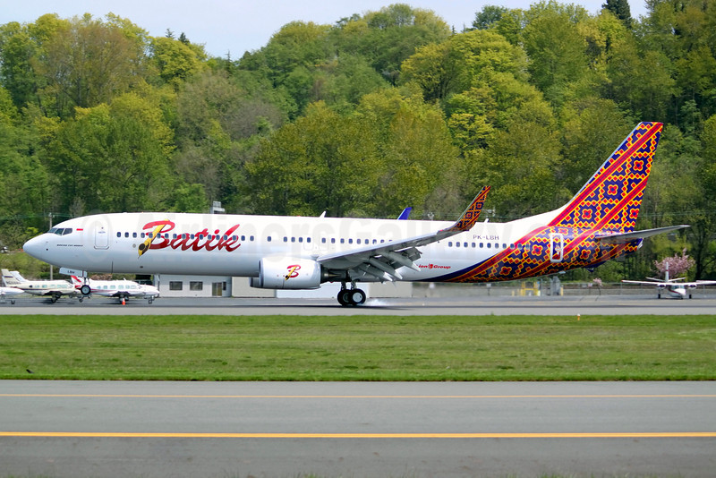 Batik Air-Lion Group Boeing 737-9GP ER WL PK-LBH (msn 38689) BFI (Joe G. Walker). Image: 911892.