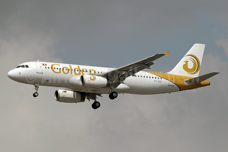 Golden Myanmar Airlines Airbus A320-232 XY-AGT (2128) BKK (Paul Denton). Image: 922365.