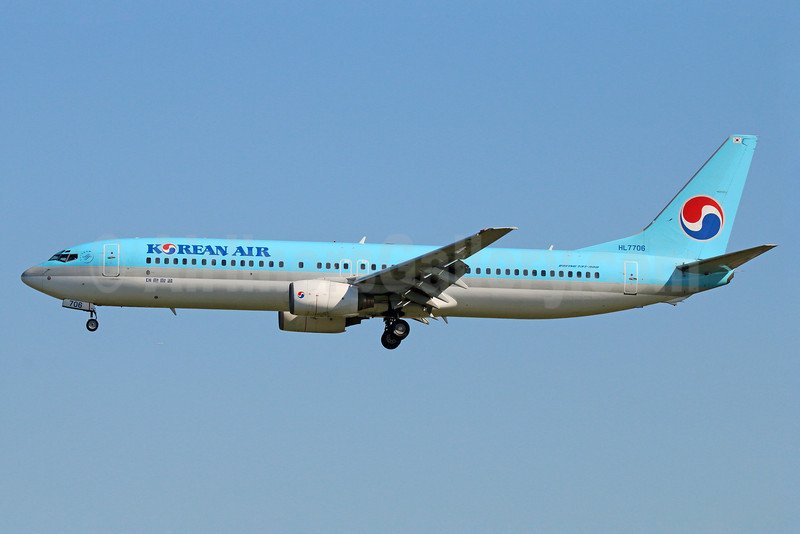 Korean Air Boeing 737-9B5 HL7706 (msn 29991) NRT (Michael B. Ing). Image: 922667.