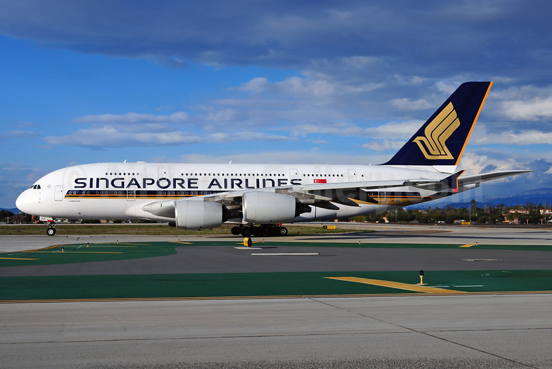 Singapore Airlines Airbus A380-841 9V-SKH (msn 021) LAX (Ton Jochems). Image: 910864.