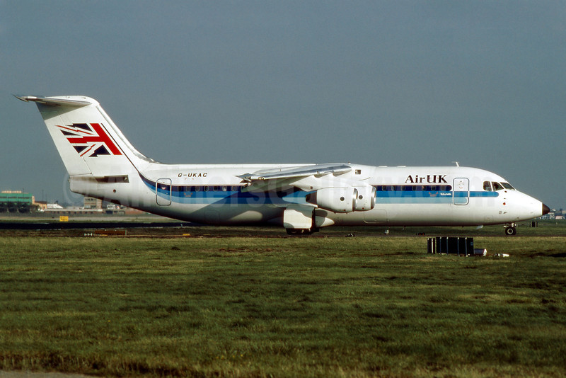 Air UK BAe 146-300 G-UKAC (msn E3142) LGW (SM Fitzwilliams Collection). Image: 910864.