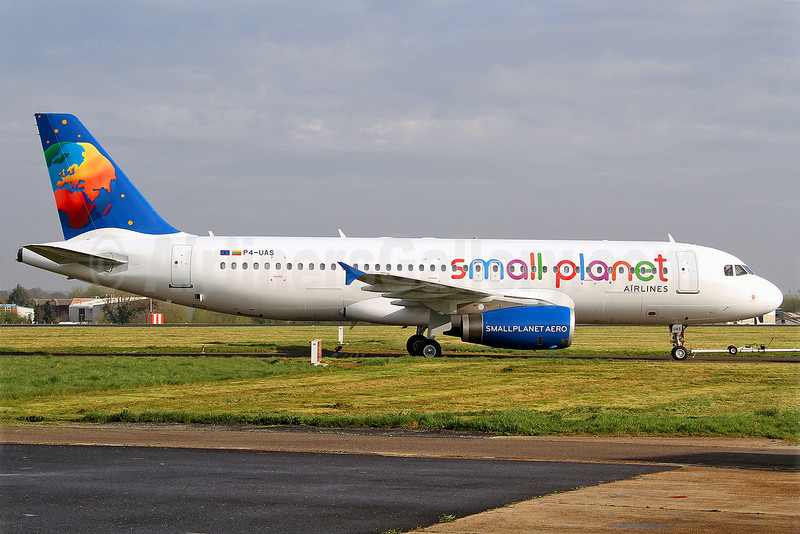 Small Planet Airlines (Lithuania) Airbus A320-232 P4-UAS (LY-SPB) (msn 2987) SEN (Keith Burton). Image: 911946.