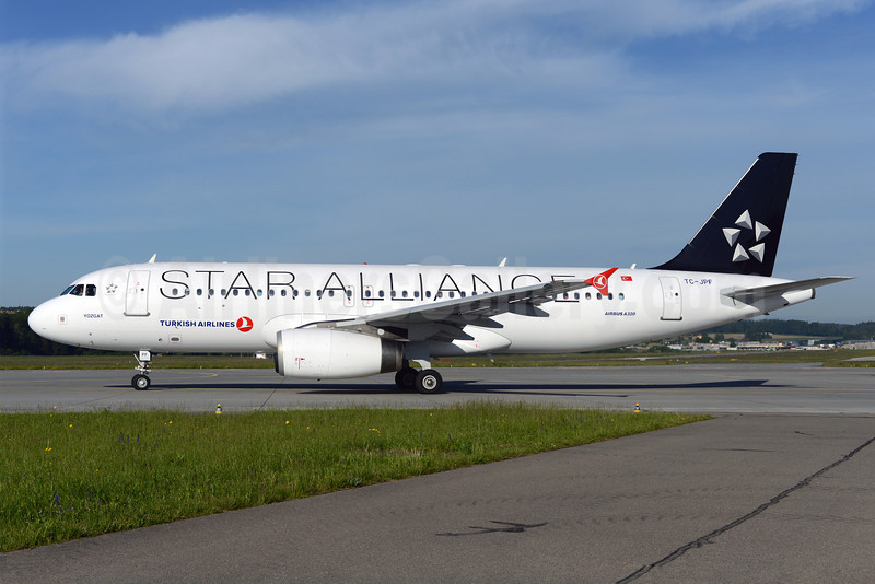 Turkish Airlines Airbus A320-232 TC-JPF (msn 2984) (Star Alliance) ZRH (Rolf Wallner). Image: 922956.