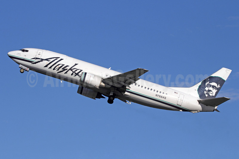 Alaska Airlines Boeing 737-490 N768AS (msn 27082) ANC (Michael B. Ing). Image: 920122.
