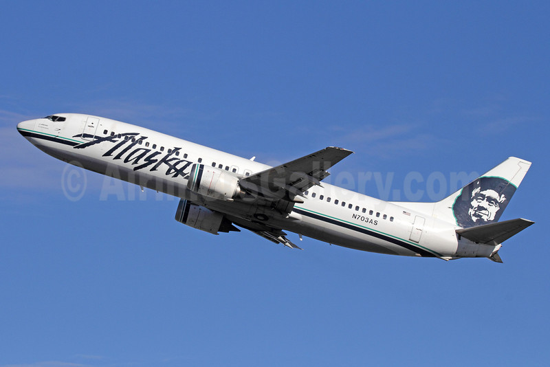 Alaska Airlines Boeing 737-490 N703AS (msn 28893) ANC (Michael B. Ing). Image: 920121.
