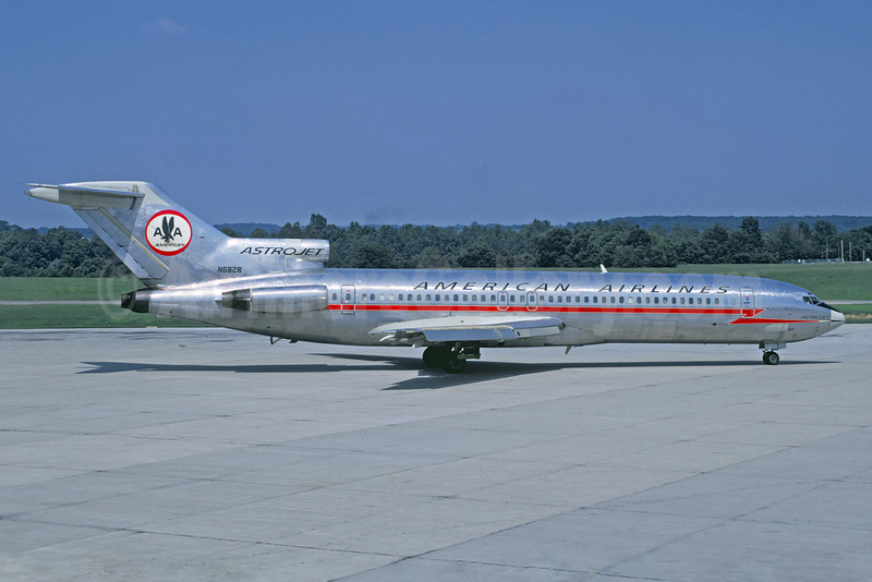 American Airlines Boeing 727-223 N6828 (msn 20181) (Astrojet) (Jacques Guillem Collection). Image: 922340.