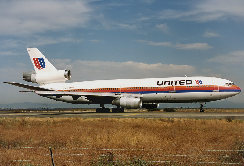 United Airlines McDonnell Douglas DC-10-10 San Francisco - Int. (SFO / KSFO) USA - California, October 1991 Reg: N1803U Cn: 46602/8 Ready for take off RWY 01.