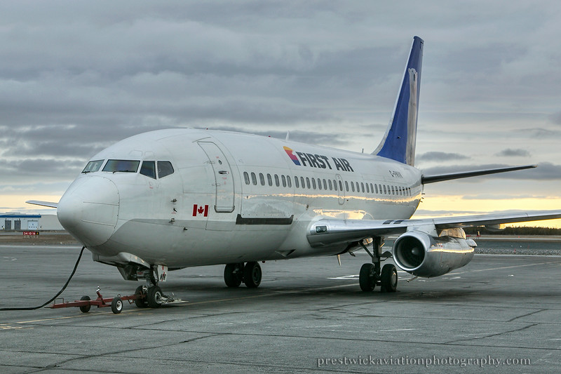 C-FNVK. Boeing 737-2R4C/Adv. First Air. Yellowknife. 090514.
