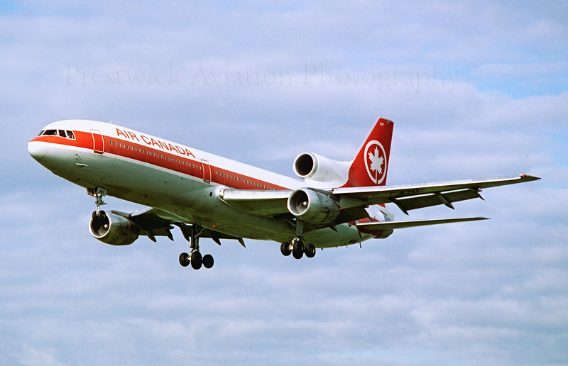 C-FTNG. Lockheed L-1011-385-1 TriStar 1. Air Canada. Prestwick. 1980`s.  Finals for Runway 13. Negative scan.