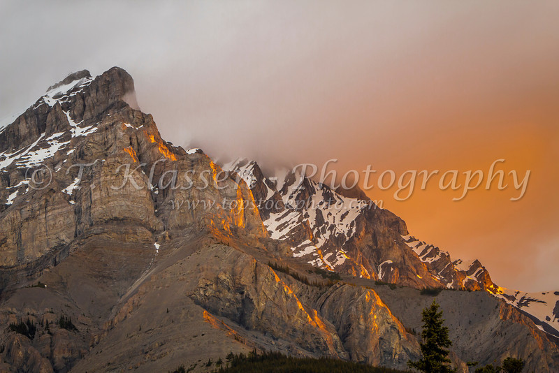 Sunrise illuminating Cascade Mountain peak in Banff, Banff National Park, Alberta, Canada.