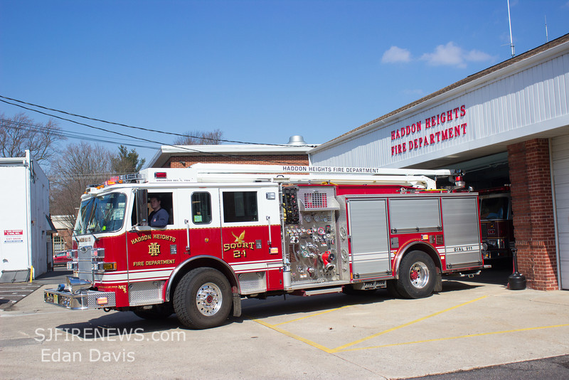 Haddon Heights, Camden County NJ, Squrt 2-1,  2008 Pierce Arrow XT, 1500-500-54', (C) Edan Davis, www sjfirenews (7)