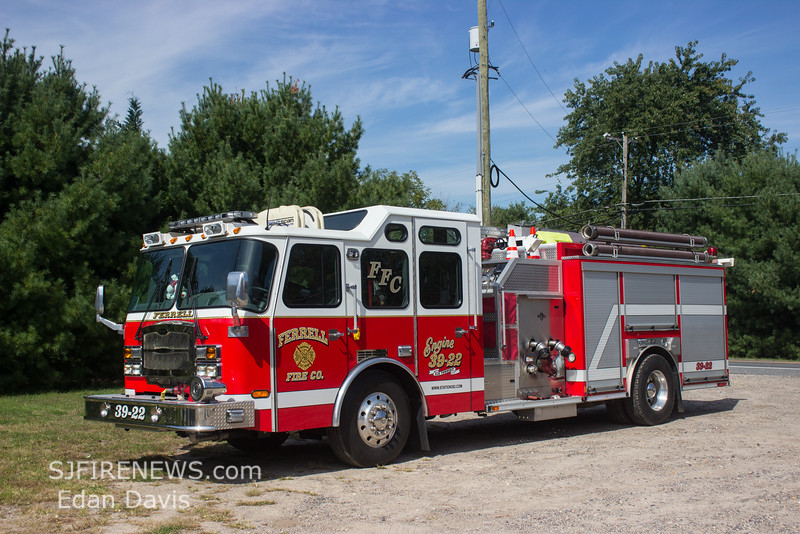 Ferrell, Gloucester County NJ, Engine 39-22, 2008 E-One Typhoon, 1500-1000-30, (C) Edan Davis, www sjfirenews com  (4)