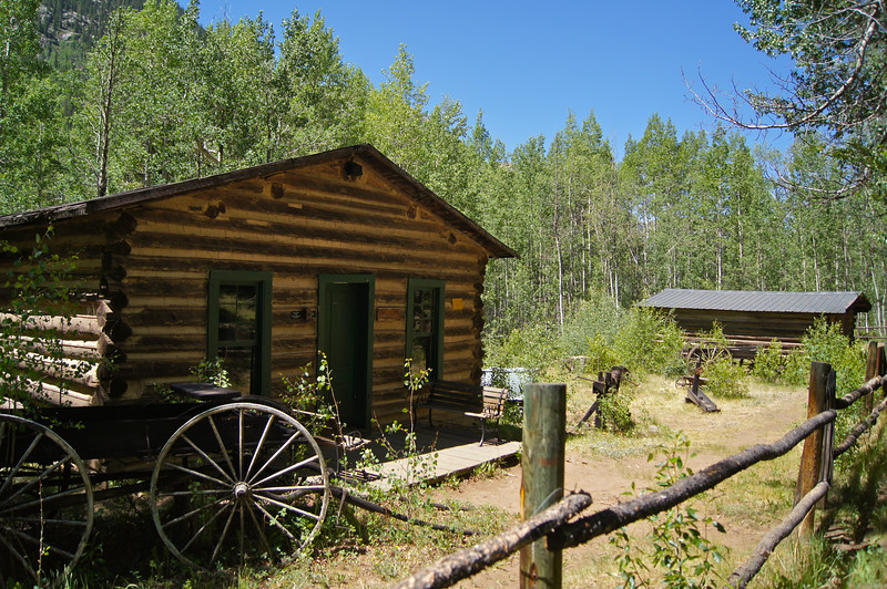 One of the town's more luxurious cabins with ancient artifacts; Vicksburg, Colorado.