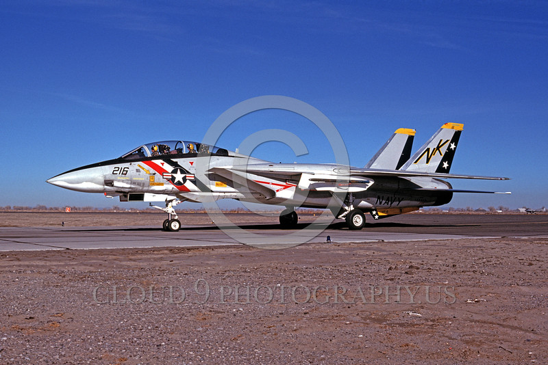 F-14USN-VF-2 0003 A taxing Grumman F-14 Tomcat USN jet fighter VF-2 BOUNTY HUNTERS NAS Fallon 12-1975 military airplane picture by Peter B Lewis