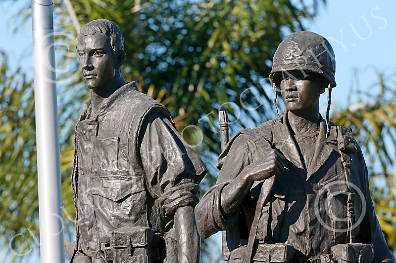 STY-VIETNWM 00014 Two Vietname War era military men--one American and one South Vietnames--in a well done Vietnam War Memorial statue picture by Peter J Mancus
