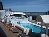 Jacuzzis between pools MSC SINFONIA PDM 06-04-2014 12-27-02