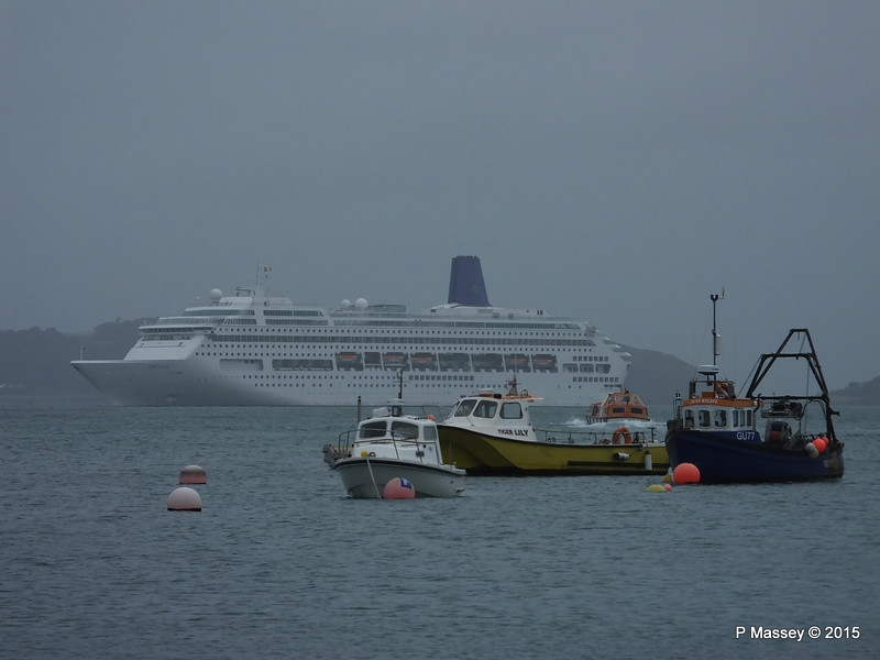 ORIANA from St Peter Port Dock PDM 02-04-2015 10-00-010