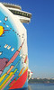 NORWEGIAN BREAKAWAY Arrives New York PDM phone 10-05-2013 07-09-16