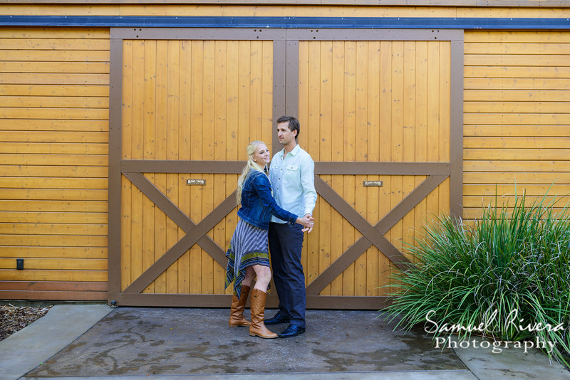 Samuel Rivera Photography, Engagement Session, Jolene, Janis, Temecula California, wine country, hot air balloons, wineries, openfield portraits, engagement session ideas, posing, Instagram, pinterest, sun rise waterfall, southcoast winery,