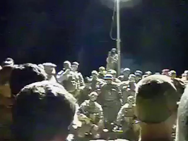 2013 - Gunnery Sergeant instructing Marines prior to leaving for battle.  This is a real-life glimpse of the mind-set necessary for Marines to succeed in war. (5 min 30 sec)<br /> <br /> STRONG LANGUAGE - Frequent use of the F-word.