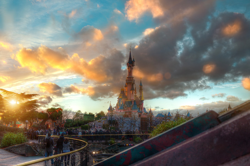 Sunset at Disneyland Park - Stan