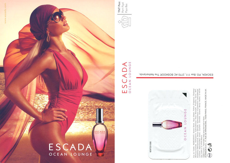 ESCADA Ocean Lounge 2009 Netherlands (recto-verso postcard 10,5 x 15 cm with scented sticker)