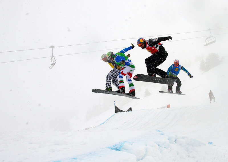 Quarter Finals #2 Boys with Alex Pullin (AUS) in red, Ken Vuagnoux (FRA) in blue, Fabio Cordi (ITA) in green and Nick Baumgartner (USA) in yellow FIS SBX World Cup at La Molina - Finals - Mar 21, 2015. © Mario Sobrino La Molina, Molina, SBX, World Cu