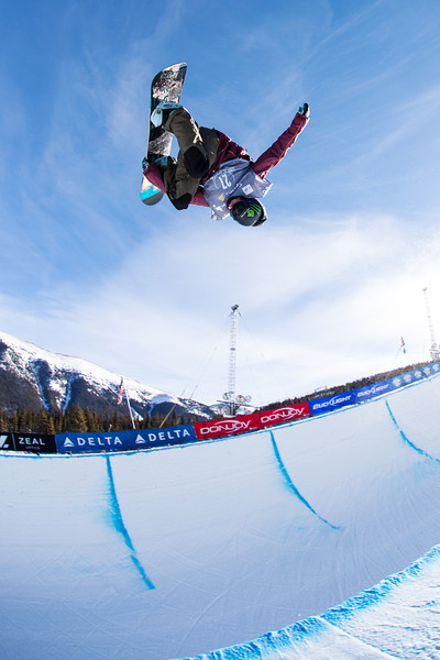 Taylor Gold (USA) competes at 2013 Sprint U.S. Snowboarding Grand Prix at Copper Mountain, CO FIS World Cup Halfpipe snowboarding qualifiers Photo: Sarah Brunson/U.S. Snowboarding