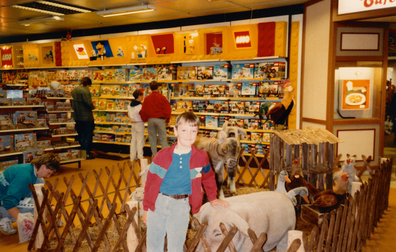Andrew in Hertie's toy department - (October 12, 1987 / Hertie, Kaiserslautern, Rheinland-Pfalz, West Germany) -- Andrew