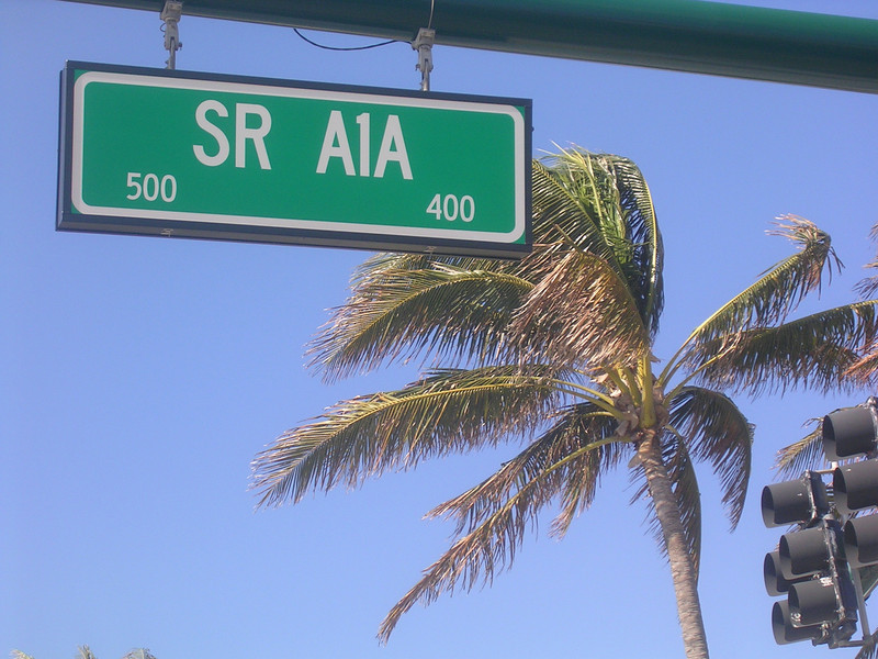 a cool street in florida
