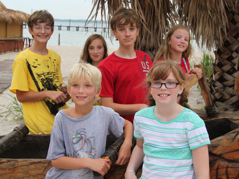grand kids at the beach<br /> Fox, Kaleb, Shaina, Chip, Sydney, Noelle