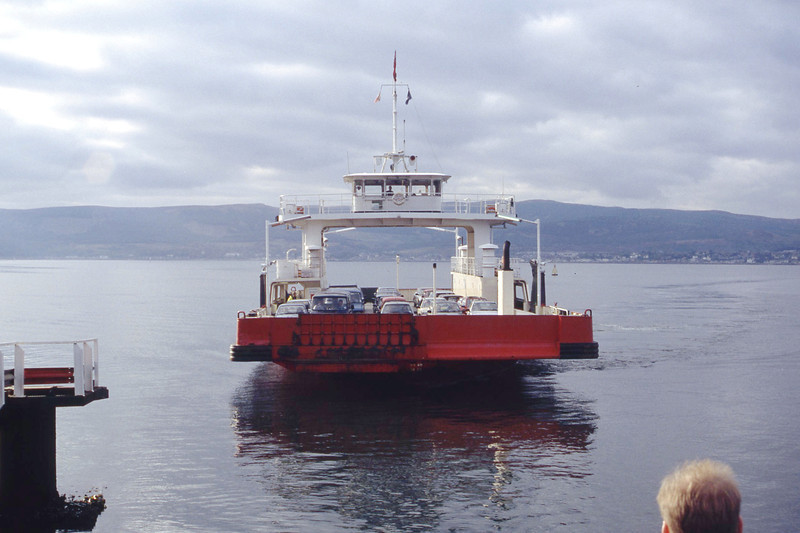 Western Ferries MV Sound of Sleat approaching Hunters Quay Oct 93