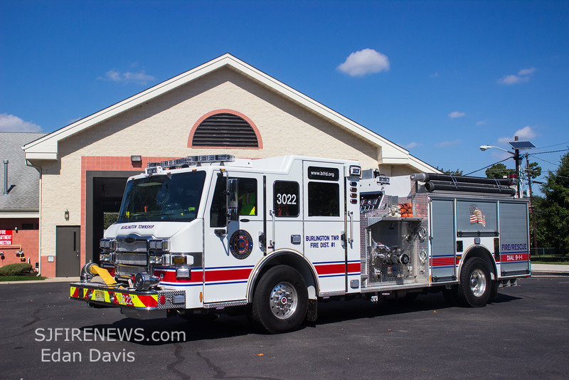 Beverly Road, Burlington County NJ, Engine 30-22, 2012 Pierce Impel, 2000-750-40, (C) Edan Davis, www sjfirenews com  (1)