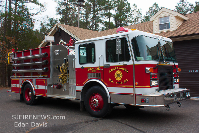 Sweetwater, Atlantic County NJ, Engine 16-31, 1991 Spartan-4Guys 1250-1000, (C) Edan Davis, www sjfirenews com