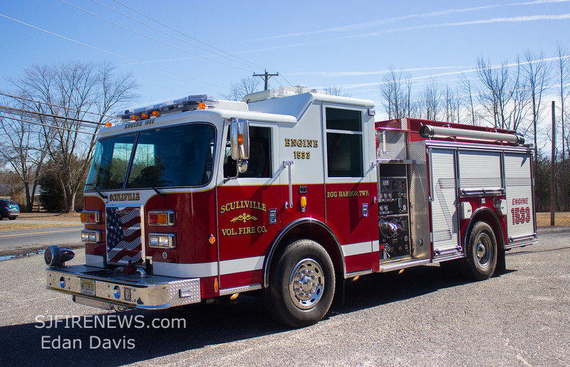 Scullville, Atlantic County NJ, Engine 15-33,  2009 Pierce Contender 1250-1000, (C) Edan Davis, www sjfirenews com