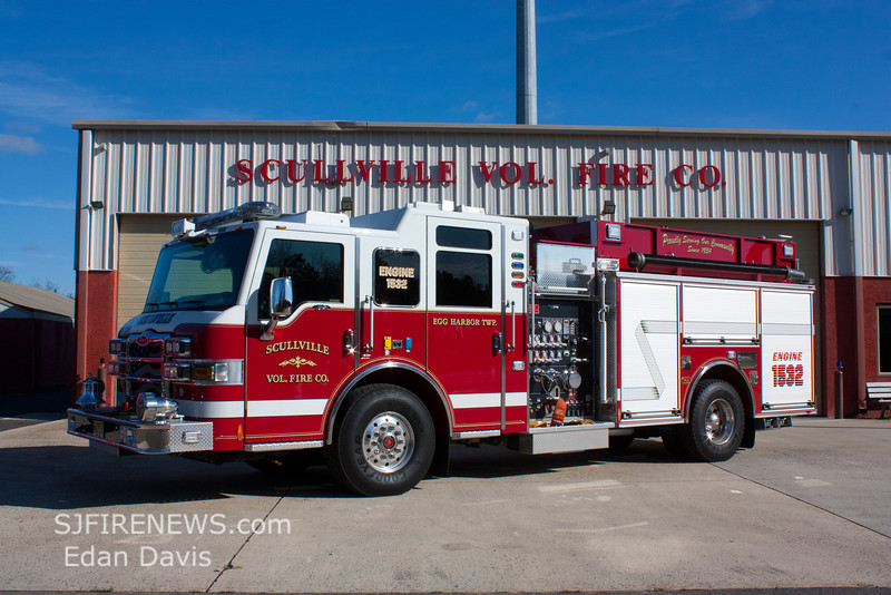 Scullville, Atlantic County NJ, Engine 15-32, 2011 Pierce Velocity 1500-1000, (C) Edan Davis, www sjfirenews com