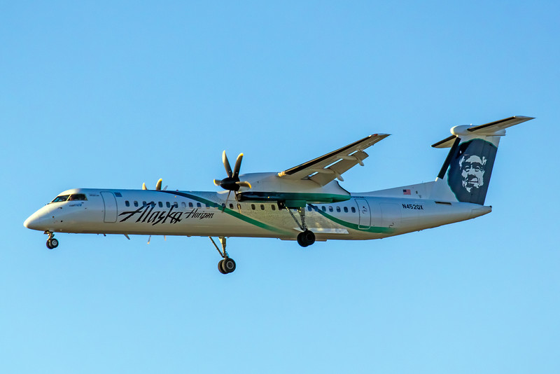 Horizon Air, N452QX, DHC-8-402Q Dash 8, msn 4459, Photo by John A Miller, LAX, Image QQ011LAJM