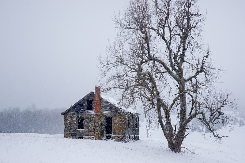 Watauga Cabin in Snow