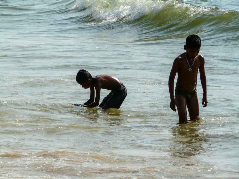 Playing in the Waves, Goa