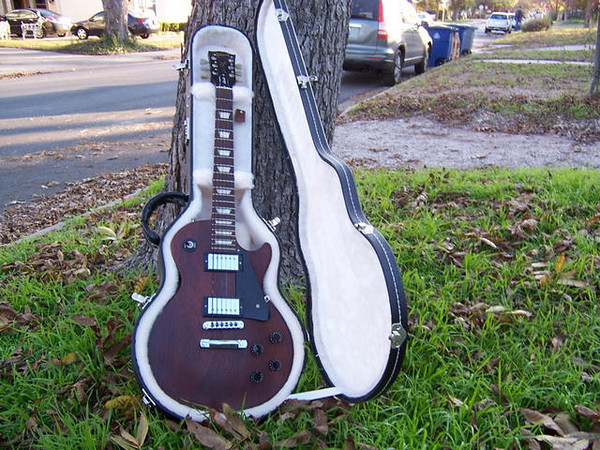 Gibson Les Paul Studio with case